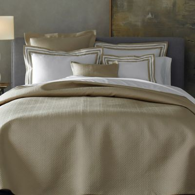 Alba Bedding in Champagne