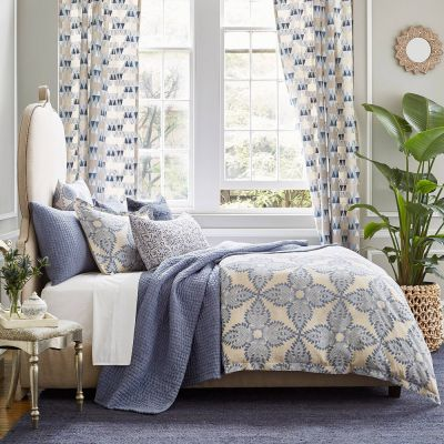 Dasati Bedding Collection