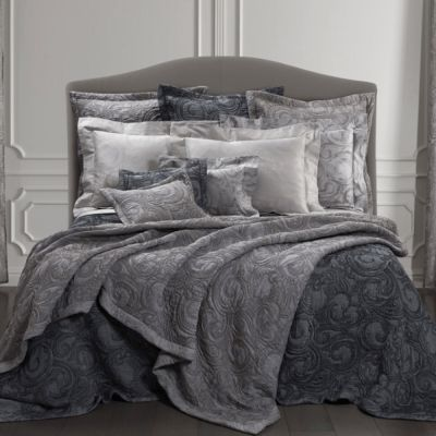 Forte de Marmi Quilted Coverlet & Shams