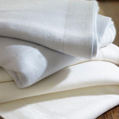 Legna Blankets