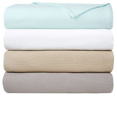 Maillon Blankets