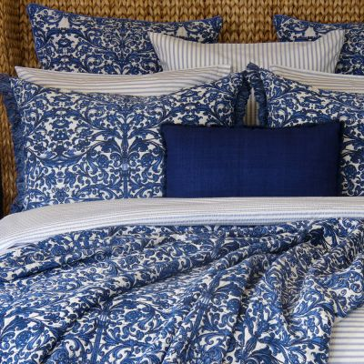 Persian Azul Coverlet & Shams