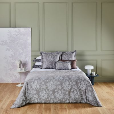 Aurore Bedding Collection in Platine