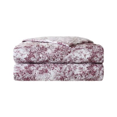 Pour Toujours Quilted Coverlet