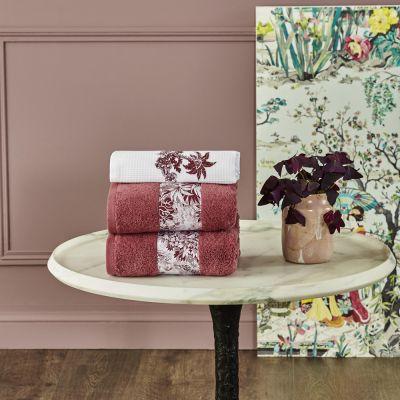 Pour Toujours Towel Collection