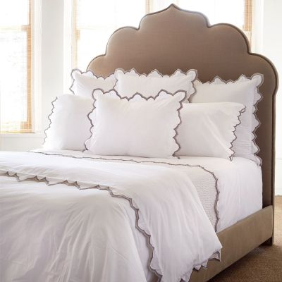 Sakuna Gray Bedding